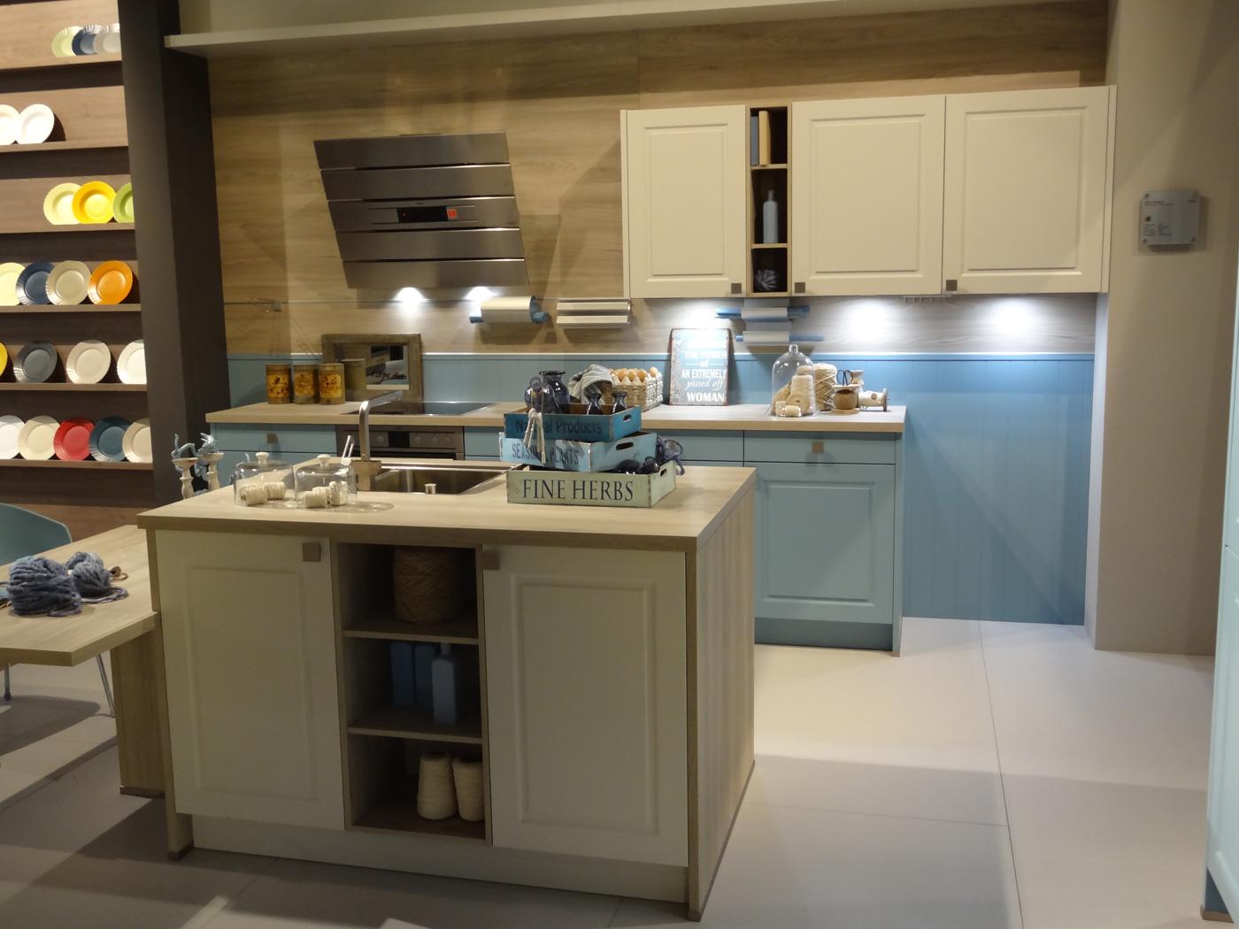Fantastisch Pantry Küche Auf Einem Budget Fotos - Küchen Design ...